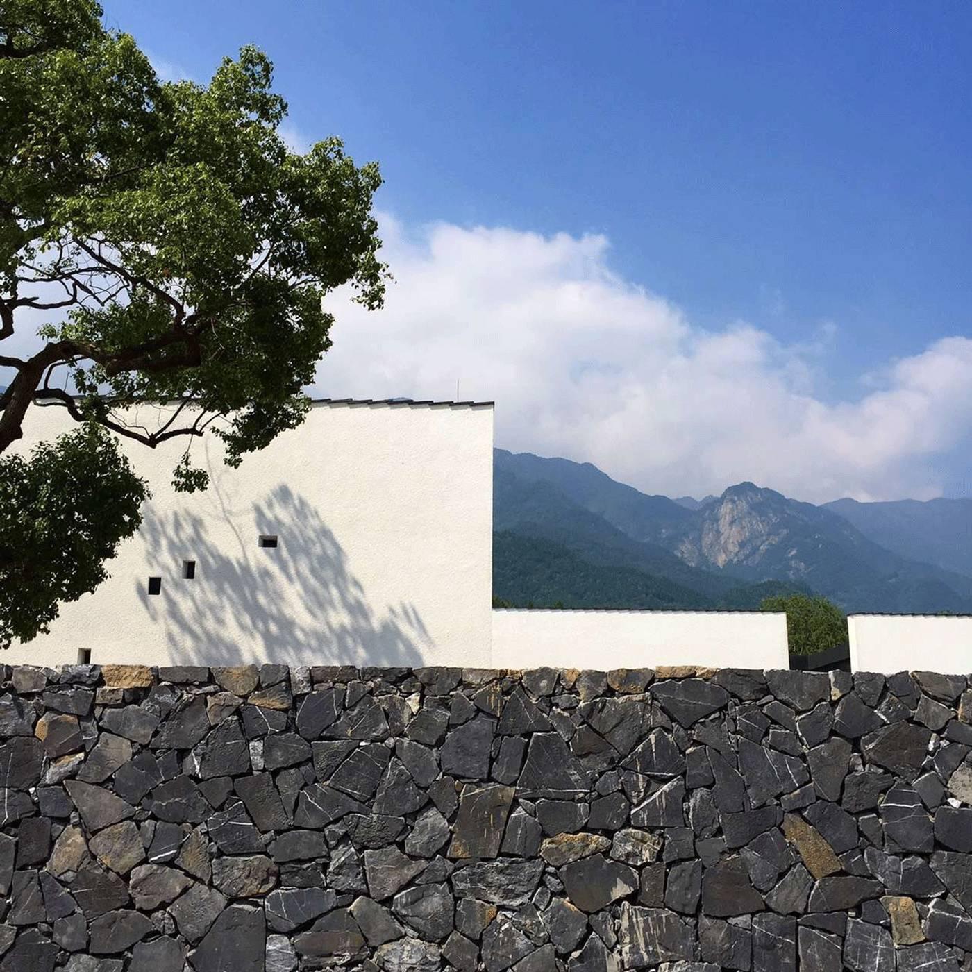 新中式建筑:望庐·一处徽派老宅的焕然新生!