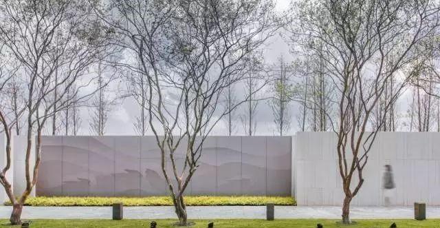 景观设计:94款·各式各样的景观墙