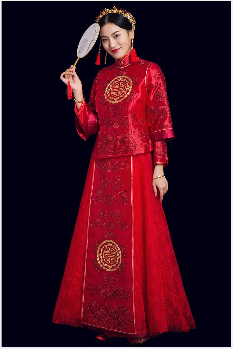 复古时尚中式礼服:盘金刺绣红栀新娘礼服