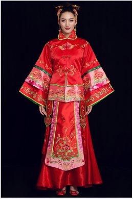 紫韵中式礼服:牡丹花刺绣新娘