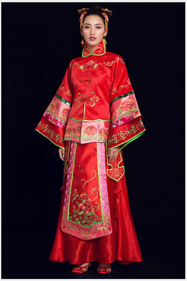紫韵中式礼服:牡丹花刺绣新娘礼服