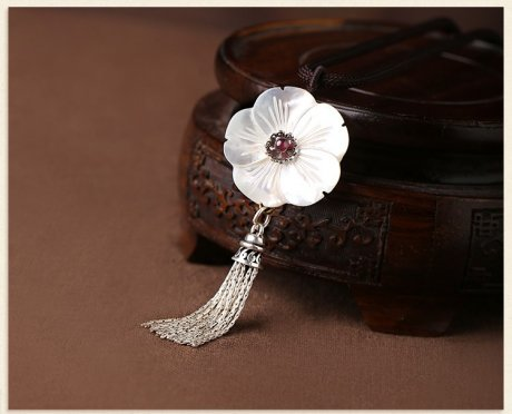 贝壳花复古锁骨链,银流苏花朵