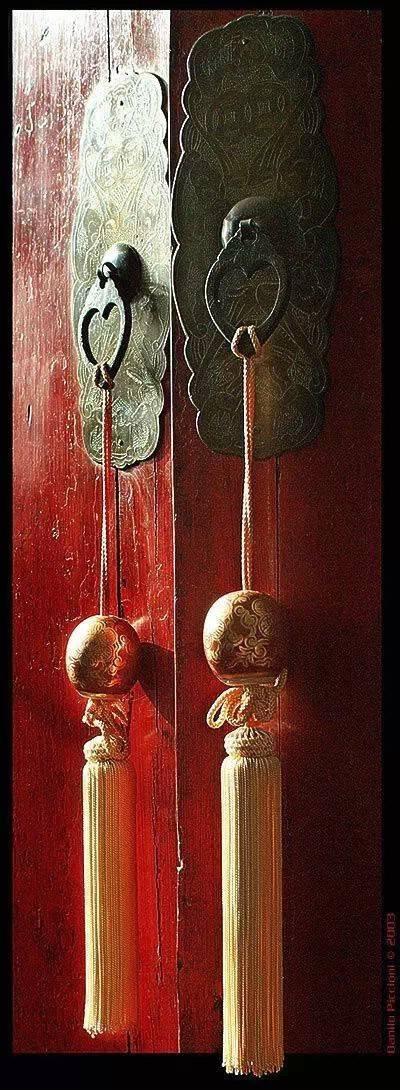 中国古老的大门:锁不住的历史轮回记忆