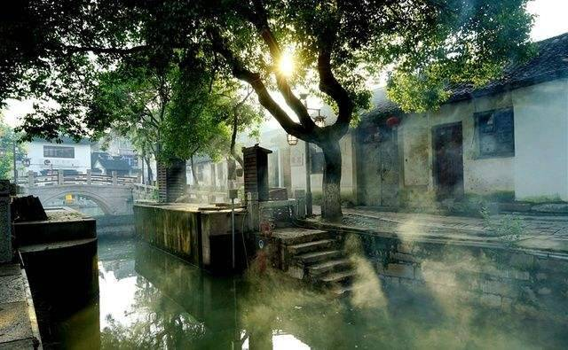 中国十大古镇:体验古色古香的古镇韵味!