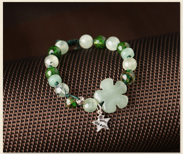 简约时尚森系手链,清新淡绿手串饰品