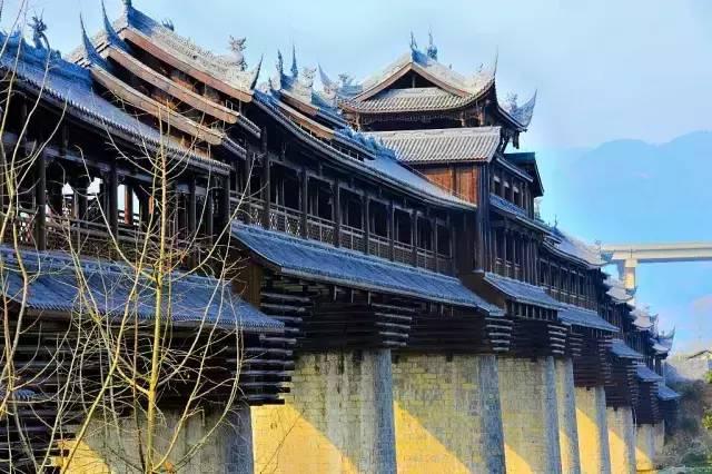 古镇一角——亚洲第一风雨廊桥