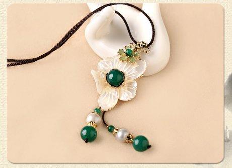 珍珠流苏花朵锁骨链,小清新项