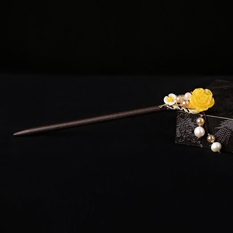 清新脱俗黄花朵簪子:古风气质发簪头饰