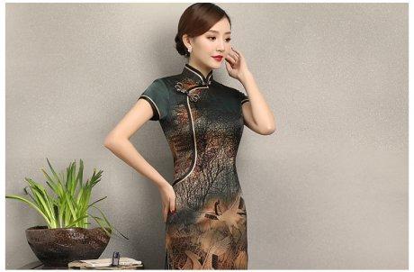 中国风仙鹤飞舞旗袍,优雅古典