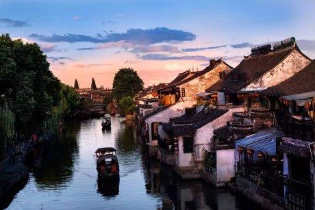 中国最适合私奔的10个古镇:春