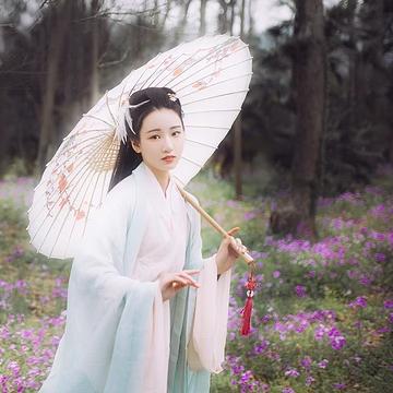 清新花朵带伞女生头像,唯美古风真人头像