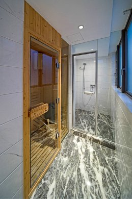 厕所对大门的风水化解
