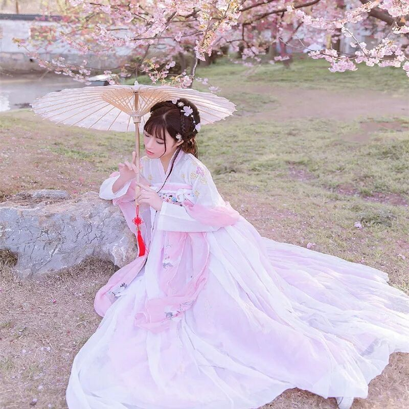 传统华夏粉色汉服,汉元素清新淡雅汉服图片