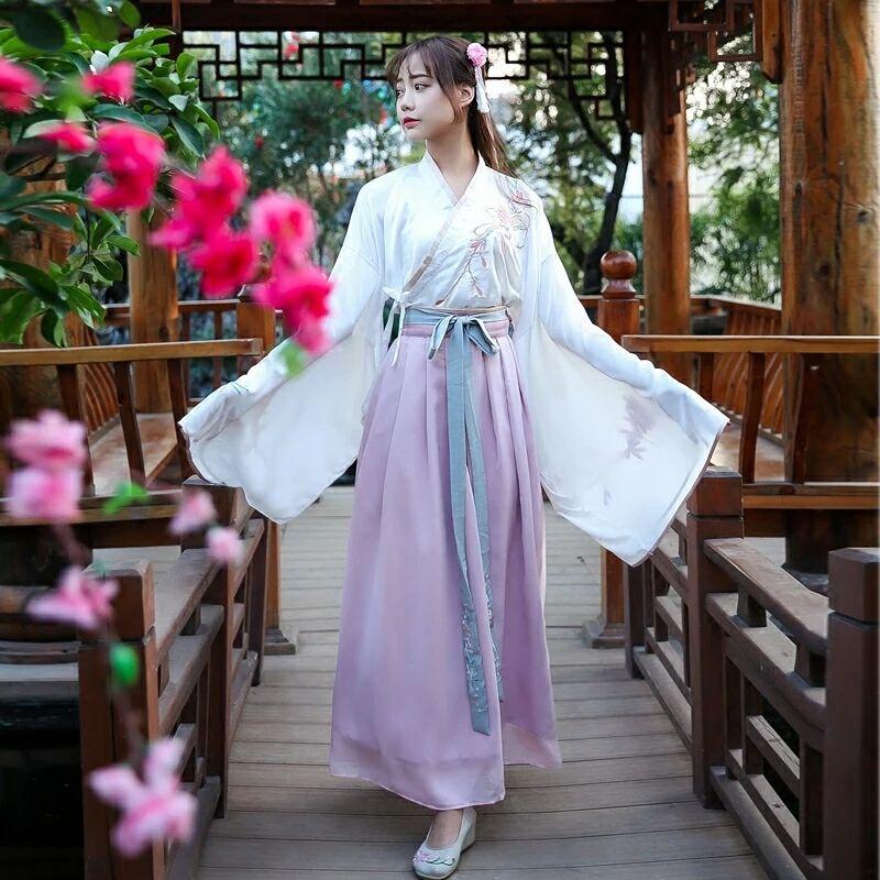 交领襦裙汉服,粉红清新淡雅汉服图片