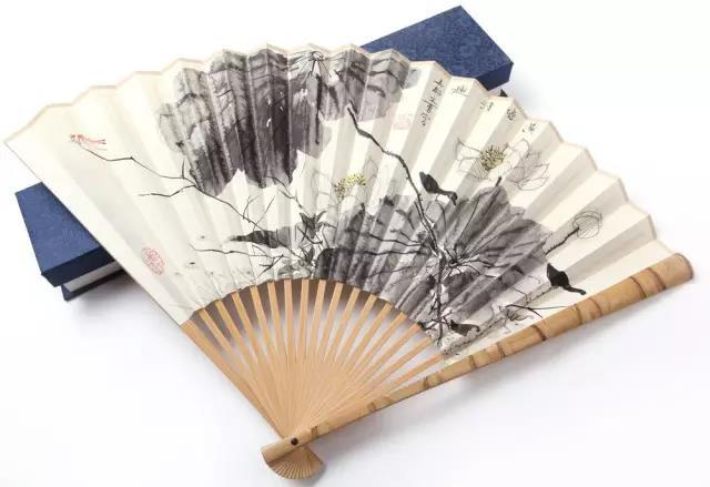 一把扇子风情万种:摇出最美的中国风!