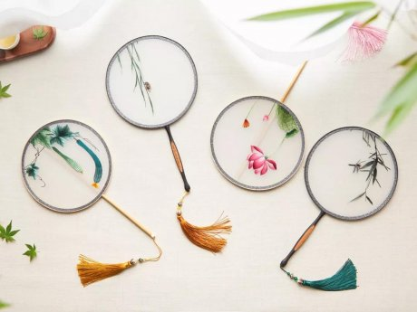 扇子制作流程:体验传统工匠的