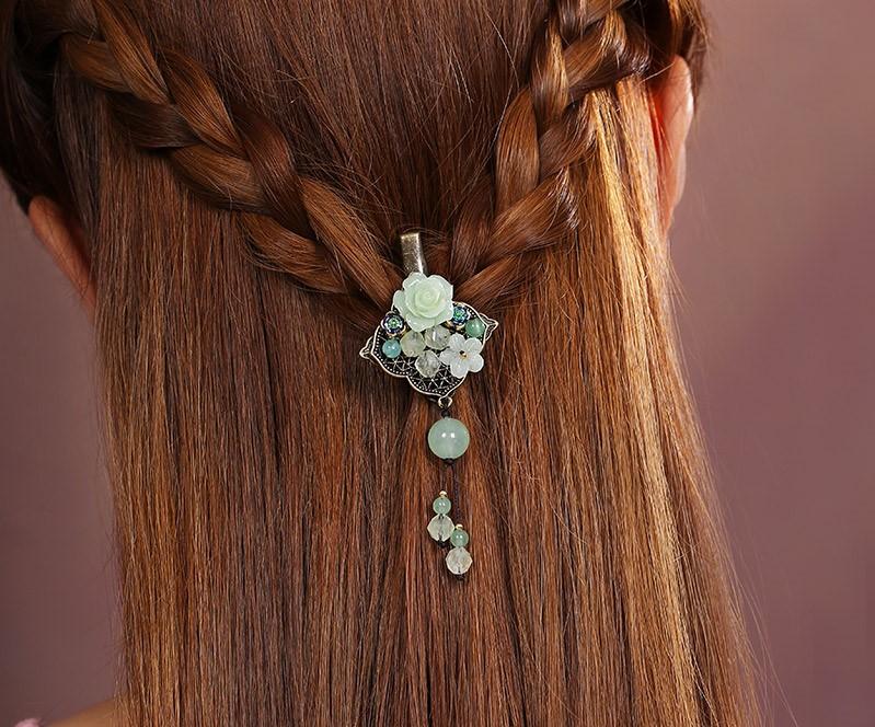 复古小花朵发夹头饰:彰显古典的美感