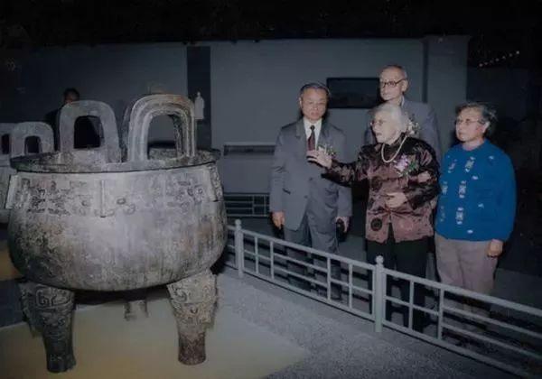 潘氏家族的青铜器收藏,仅次于故宫!
