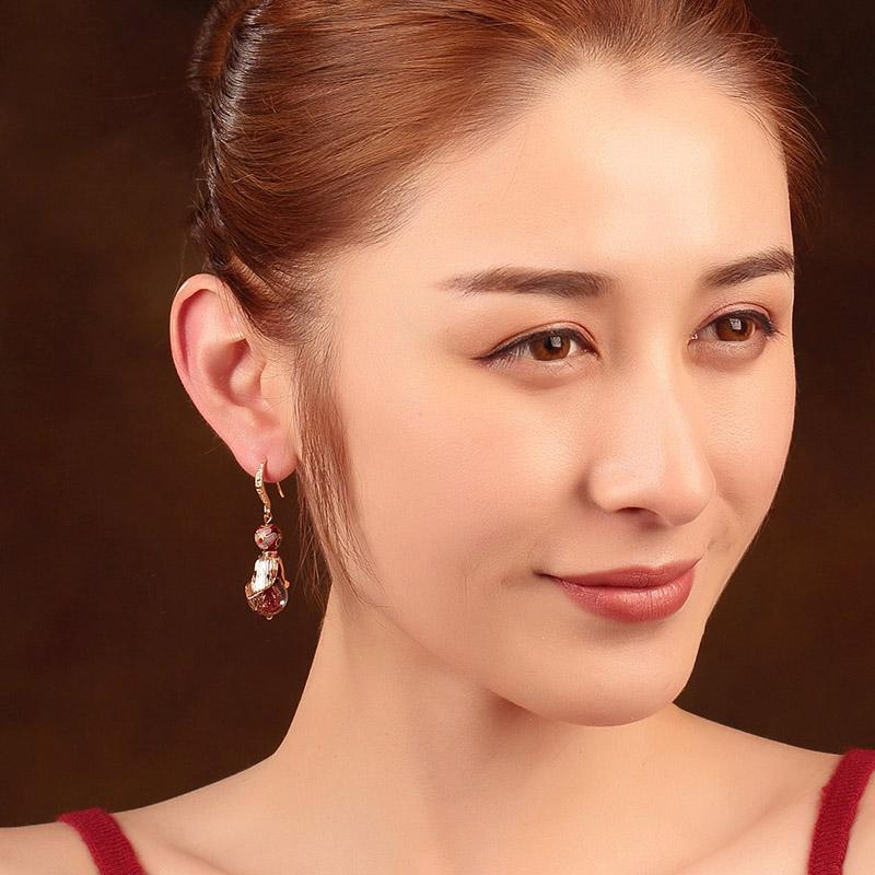 香艳欲滴的古风耳环,焕发东方娇雅风情