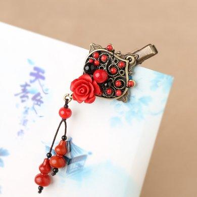 红色雕漆复古头饰,玫瑰花朵发