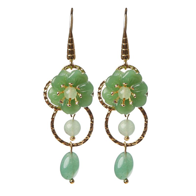 简洁绿色小花耳环,清新淡雅的古风首饰