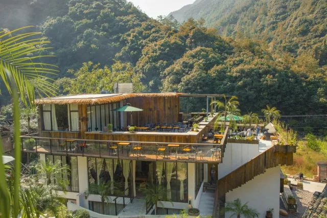 最美大山里的图书馆,感受美妙的读书世界