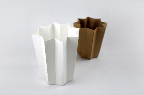 灵感来源于中国传统纸伞的纸篓