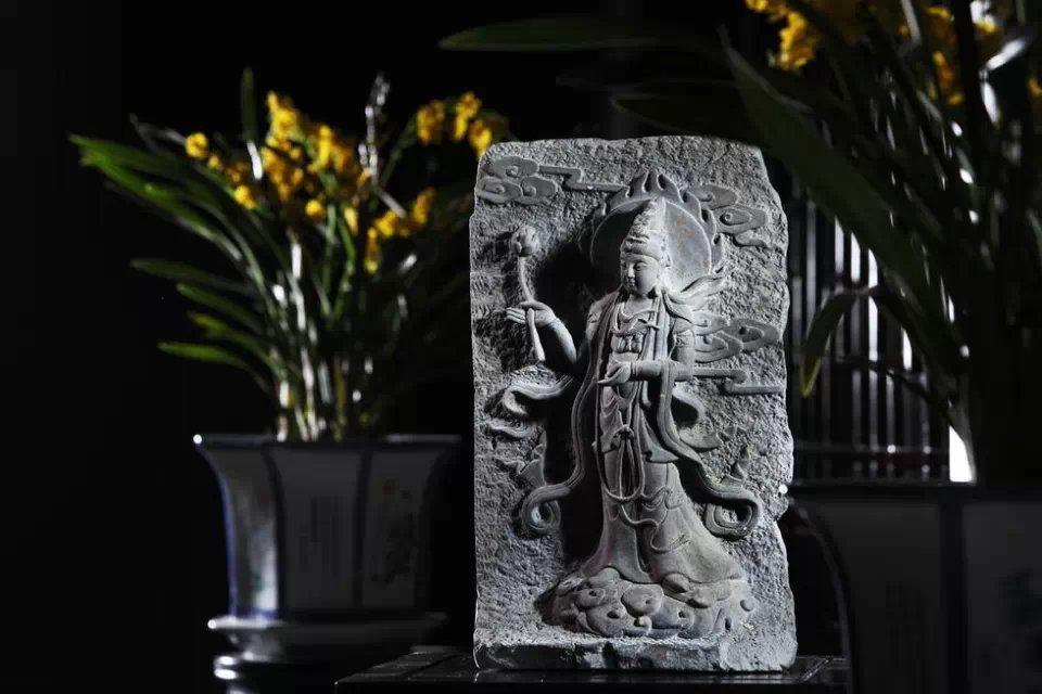 地藏王菩萨真身舍利_佛指舍利塔灵砖(一)- 中国风