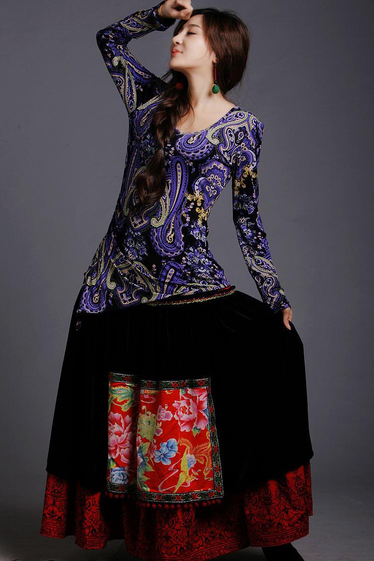 手绘旗袍_别样风情现代中式服饰设计艺术- 中国风